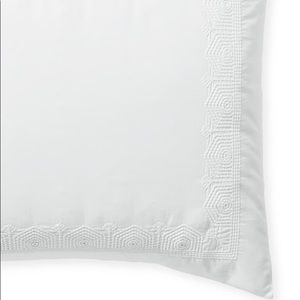 NEW Serena & Lily Olympia White KING Sham. (One